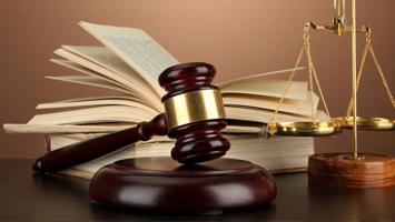 Provocările Legislative din Industrie