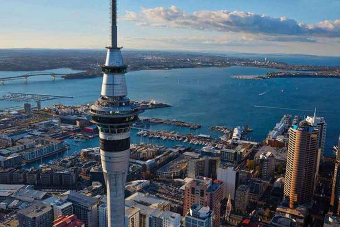 Tasmania și Noua Zeelandă Tasmania and New Zealand