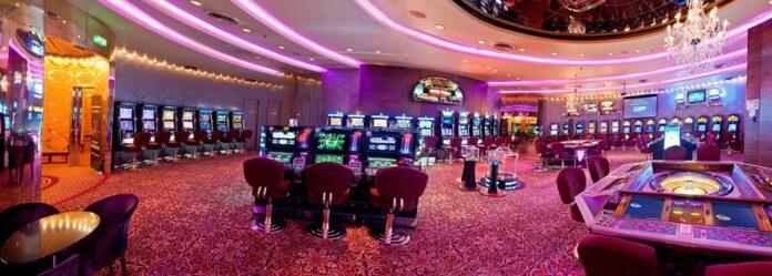 Casinos and betting shops Cazinourile și agențiile de pariuri
